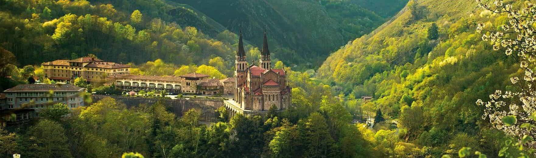 Excursión a Covadonga, Legos y Cangas de Onís en Asturias